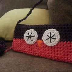 Crochet bag ♥ my owl cross bag http://www.facebook.com/CrochetAndCraftWithLove