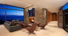 Otter Cove Residence gripping the cliffs of Carmel