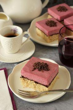 Málnapudingos-csokoládés tönkölyszelet recept Tiramisu, Cheesecake, Paleo, Ethnic Recipes, Fitt, Cheese Cakes, Beach Wrap, Tiramisu Cake, Cheesecakes