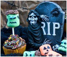 Halloween Marshmallow Pop Cupcakes