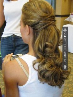 Wedding hair half up Hair Styles for Girls Wedding Hair Half, Wedding Hair And Makeup, Bridal Hair, Hair Makeup, Hairdo Wedding, Bride Makeup, My Hairstyle, Pretty Hairstyles, Wedding Hairstyles