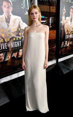"""Elle Fanning - """"Live By Night"""" LA Premiere - Oscar de la Renta"""