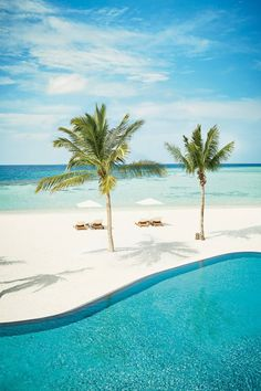 h3 The Maldives  h3  The picturesque pool at Four Seasons Maldives 26ec0ed215050