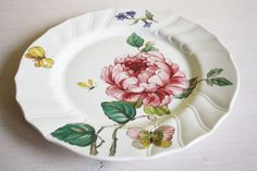 Villeroy and Boch, Bouquet, dinner plates, old mark, roses, flowers, butterfly, meadow, summer, pristine service, bugs, 70s design, romantic