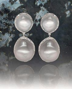 All white for perfect end of this hot sinful weekend from #equatorcollection by @PearlsCenter #italcatena