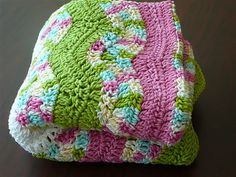 Crochet Baby Afghan. Ravelry pattern.