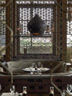 Le Méridien Istanbul Etiler—La Torre Restaurant by LeMeridien Hotels and… Luxury Restaurant, Restaurant Lounge, Bar Lounge, Restaurant Interior Design, Commercial Design, Commercial Interiors, Interior Architecture, Interior And Exterior, Design Café