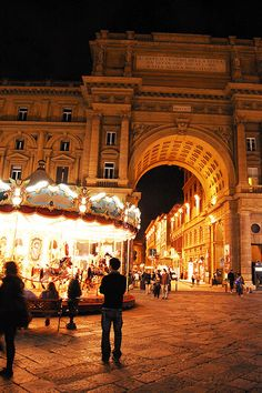 Florence, Italy The carousel in Piazza della Repubblica is another crowd favorite in Firenze. For a truly magical experience, make sure to visit at
