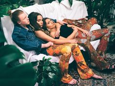 Cuddle Puddle in our Sahara & Casablanca Flares  It's our last day of shipping orders today all domestics are heading to you via Express Post. Jump on our site before 4.30pm today or pop into our Brunswick studio for last minute flares Spread the flare-love xx Image by @becky_fuchs Models @livfredericks  @nickschluets @steephwhitee  Styling @nikshim #flares #bellbottoms #festivalfashion #festival #rave #fashion #design #glam #boho #hippie #gypsy #style #retro #vintage #babe #love…