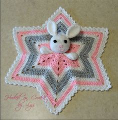Crochet Baby Lovey Pattern My favorite lovey to crochet is the 6 point star. This pattern is hard to find so I had to make my own! I have made several loveys using this pattern but if you come across any errors, please conta… Crochet Lovey Free Pattern, Crochet Star Blanket, Crochet Security Blanket, Crochet Baby Blanket Beginner, Lovey Blanket, Crochet Blanket Patterns, Baby Patterns, Free Crochet, Afghan Patterns