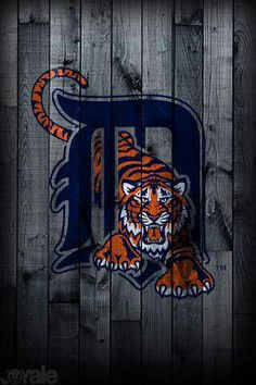 Detroit Tigers ...   D & tiger on fence