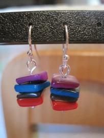 Silver plated earrings with colorful mother pearl chips.Free shipping
