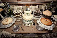 desserts with wedding cake...