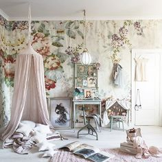 Get inspired with kids bedroom, kids' playroom ideas and photos for your home refresh or remodel. Wayfair offers thousands of design ideas for every room in every style. Pastel Girls Room, Grey Girls Rooms, Little Girl Rooms, Vintage Girls Rooms, White Girls, Baby Bedroom, Girls Bedroom, Room Girls, Decoracion Vintage Chic