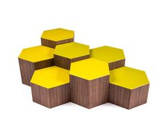 Ironic and flexible, SIX is a multifunctional coffee table: a collection of various pieces of different heights, that allows numerous compositions. Coffee table or pouf, SIX is distinguished by an hex…
