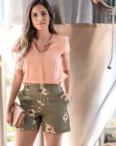 Look lindo! Disponível a blusas nos tamanhos P,M,G,GG Shorts P,M,G Vendas pelo nosso site. Acesse www.Daluky.com.br Enviamos para todo Brasil.. Informações: aqui  email : atendimento@daluky.com.br Whats (19)974109724 Karla Site www.Daluky.com.br #daluky #dalukymoda #vendasonline #vempradaluky #jeans#amojeans #shorts #calçajeans #outfit #fashiontips #lookbook #fashionpost #tendência #bloggers #blog #instalook #moda #instastyle #clothes #style #styleblogger #picofthed...
