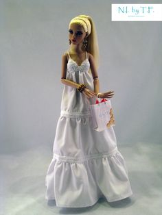Will figure out how to make this for Lily, has to have a fashionable doll.