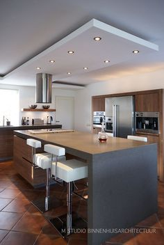 Below are the Popular Modern Kitchen Design Ideas. This article about Popular Modern Kitchen Design Ideas was posted under the Kitchen category by our team at May 2019 at pm. Hope you enjoy it and don't forget to . Home Decor Kitchen, Kitchen Design Trends, Kitchen Ceiling Design, Contemporary Kitchen, Modern Kitchen Room, Kitchen Room Design, Modern Kitchen Cabinet Design, Modern Kitchen Design, Kitchen Style