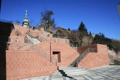 Štítky: Hrající schody   Hradec Králové Nice Asses