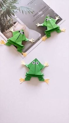 16 Simply Creative Paper Animal Crafts For Kids - Basteln Paper Animal Crafts, Animal Crafts For Kids, Paper Animals, Paper Crafts Origami, Paper Crafts For Kids, Diy Arts And Crafts, Creative Crafts, Fun Crafts, Creative Kids
