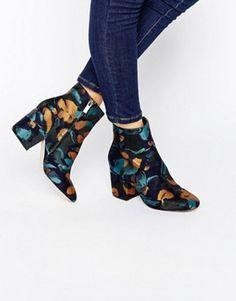 ASOS – RACHELLE – Jacquard-Ankle-Boots mit Absatz
