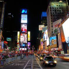 Times Square on Christmas Day    New York (USA)
