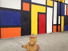 Seeing the Piet Mondrian influence in a street exterior...