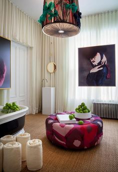 SPAZIO ROSSO INTERIOR DESIGN - precedent of art hung in front of drapery