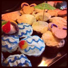 Beach cupcakes #beach #cupcakes #cakeporn