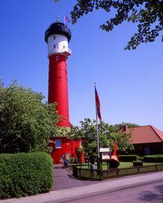 """"""" Alter Leuchtturm auf der Insel Wangerooge"""" Fotografie von Lothar Reupert jetzt als Poster, Kunstdruck oder Grußkarte kaufen.."""