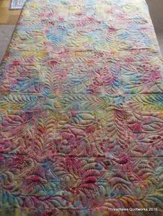 And Ruth's floral applique – freehand, custom quilting – Superior Omni thread in Cream – Hobbs – 80/20 batt