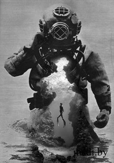 This is exactly what the deep sea diver whom has a lair under the sea wore! Tattoos Motive, Dove Tattoos, Black Tattoos, Body Art Tattoos, Sleeve Tattoos, Tattoo Crane, Totenkopf Tattoos, Creation Art, Desenho Tattoo