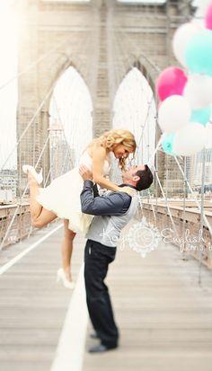 Brooklyn Bridge Engagement shoot NY Rich would loveeee this idea