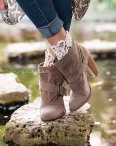 Lae topped bootie socks