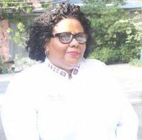 Anne-Marie Desvarieux - Perfectionniste, exigeante, directe, joviale, respectueuse, honnête, ponctuelle, combattante… ce sont les qualitatifs de Madame Desvarieux. Une dame qui a passé toute sa vie à former les jeunes haïtiens en cuisine-pâtisserie, haute couture et mannequinat.