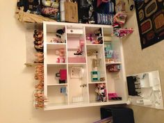 DIY Barbie house from Expedit shelves