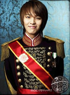 Lee Yul Played by Kim Jeong Hoon. I love his chararcter even though at times he becomes evil because of love.