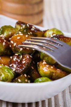 A delicious roasted vegetable recipe for brussels sprouts glazed with maple syrup & miso. Fancy enought for your holiday table & easy enough for everyday. Sprout Recipes, Vegetable Recipes, Roasted Vegetables, Veggies, Braised Pork, Food Print, Side Dishes, Easy Meals, Food And Drink