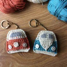 Campervan Keyring and Bunting FREE crochet pattern Volkswagen busje gratis haakpatroon