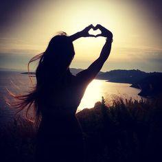 Silouette Photography, Moonlight Photography, Dreamy Photography, Shadow Photography, Sunset Photography, Girl Photography Poses, Creative Photography, Photos D'ombre, Photographie Portrait Inspiration