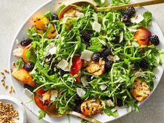 This salad isn't just stunning—it's also delicious! It's got all of the classic flavors of a fruit-forward summer salad, but grilled peac. Grilled Peach Salad, Grilled Fruit, Grilled Peaches, Grilled Chicken, Healthy Cooking, Healthy Recipes, Ww Recipes, Healthy Dinners, Summer Recipes