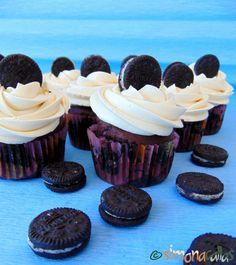 Cupcakes de ciocolata cu Oreo 2