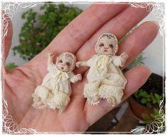 ATTILA ooak Vampire baby 01:12 poupée de par SorayaMiniatures