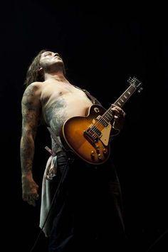 Matt Pike of Sleep and High On Fire. Sigh.....!!