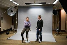 Bill Gates and Mark Zuckerberg pledged to contribute a universal Internet access by 2020