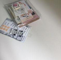 Bullet Journal Aesthetic, Bullet Journal Art, Bullet Journal Ideas Pages, Work Inspiration, Art Journal Inspiration, College Stationary, Korean Stationery, Beautiful Notebooks, Cute Wallets