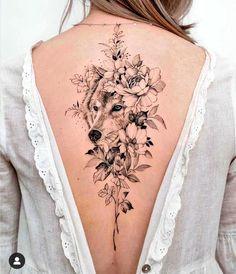 Wolf Tattoos For Women, Spine Tattoos For Women, Shoulder Tattoos For Women, Tattoos On Spine, Female Back Tattoos, Back Tattoo Women, Mini Tattoos, Body Art Tattoos, Piercing Tattoo