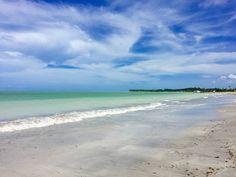 Praia dos Golfinhos - Ilha de Itamaracá (PE)