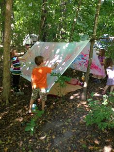How to Create Kids' Play Tent Outdoor Art Project Kids Outdoor Play, Outdoor Learning, Outdoor Art, Outdoor Toys, Backyard Play, Forest School Activities, Nature Activities, Toddler Activities, Outdoor School