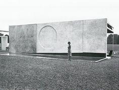 Ben Nicholson, Relief Wall. Kassel Dokumenta wall, 1964.